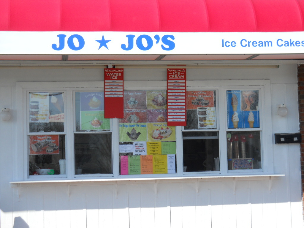 Jojo`s Icecream and Water Ice