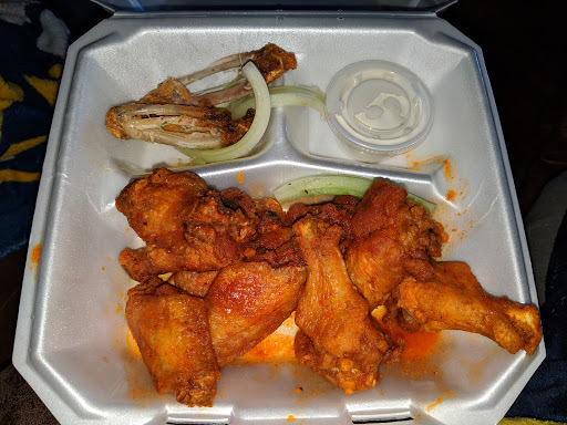 Richie`s Hot Wings and Grill
